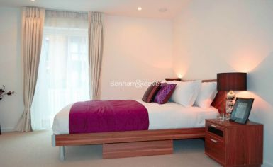 2 bedroom(s) flat to rent in Loxford Gardens, Highbury Park, N5-image 4