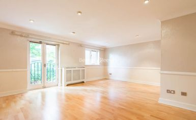 4 bedroom(s) house to rent in Ridgeway Gardens, Highgate, N6-image 1