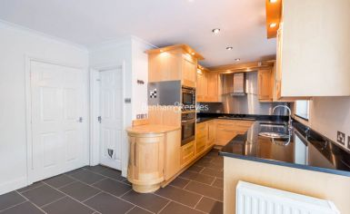 4 bedroom(s) house to rent in Ridgeway Gardens, Highgate, N6-image 4