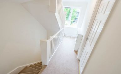 4 bedroom(s) house to rent in Ridgeway Gardens, Highgate, N6-image 7