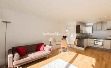 2 bedroom(s) flat to rent in Highbury Stadium Square, Highbury, N5-image 1