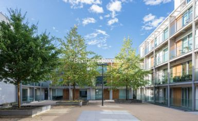 2 bedroom(s) flat to rent in Highbury Stadium Square, Highbury, N5-image 9