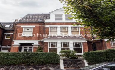 Studio flat to rent in Whitehall Park, Archway, N19-image 4