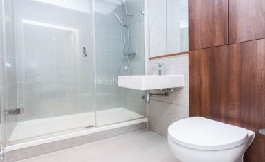 2 bedroom(s) flat to rent in Waterside, Woodberry Grove, N4-image 7