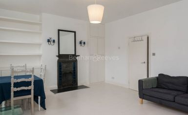 1 bedroom(s) flat to rent in Chester Road, Archway, N19-image 1