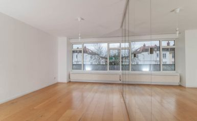 3 bedroom(s) house to rent in Church Walk, Highgate, N6-image 7