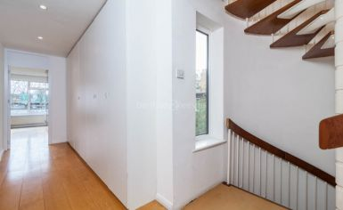 3 bedroom(s) house to rent in Church Walk, Highgate, N6-image 13