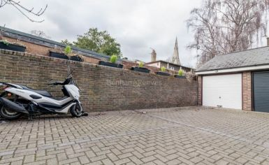 3 bedroom(s) house to rent in Church Walk, Highgate, N6-image 17
