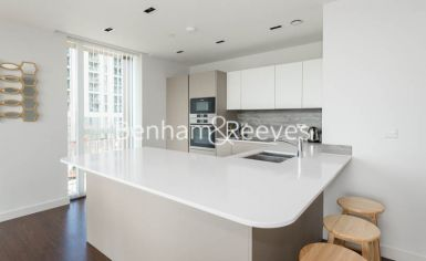 2 bedroom(s) flat to rent in Woodberry Park, Highgate, N4-image 2