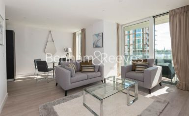 2 bedroom(s) flat to rent in Woodberry Park, Highgate, N4-image 1