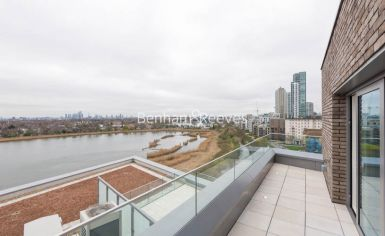 3 bedroom(s) flat to rent in Newton Close, Woodberry Park, N4-image 6