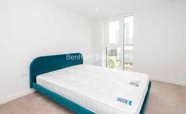 3 bedroom(s) flat to rent in Newton Close, Woodberry Park, N4-image 10