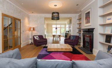 5 bedroom(s) house to rent in Muswell Hill Road, Highgate, N10-image 1