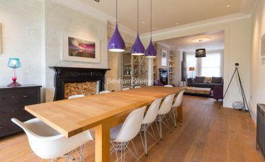 5 bedroom(s) house to rent in Muswll Hill Road, Highgate, N10-image 4
