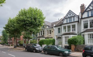5 bedroom(s) house to rent in Muswll Hill Road, Highgate, N10-image 20