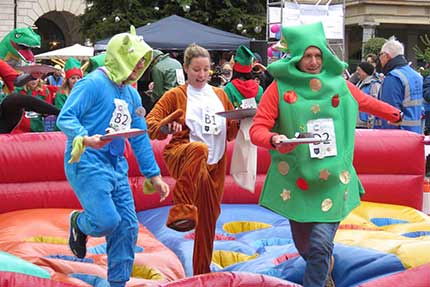 The Great Christmas Pudding Race - Covent Garden