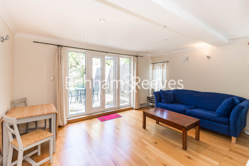 Madeley Road, Ealing, W5 - Image