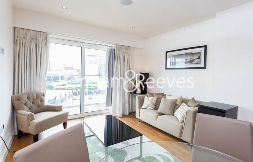East Drive, Colindale, NW9 - Image